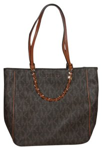 Michael Kors Harper Large Pvc North South Chain Signature Leather Trim Tote in Brown