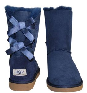 UGG Australia Classic Short Bailey 9 Snow-winter Suede/sheepskin Navy Blue Boots
