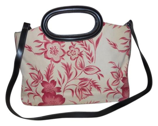 Preload https://img-static.tradesy.com/item/2114079/preston-and-york-convertable-canvas-red-cream-black-textile-with-faux-leather-trim-tote-0-0-540-540.jpg