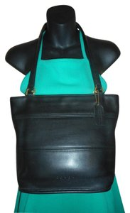Coach Vintage Leather Tote in Black