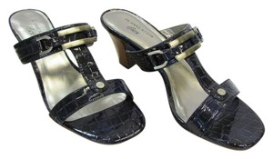 AK Anne Klein Size 8.50 M Patent Reptile Design Very Good Condition Dark Navy, Neutral Sandals