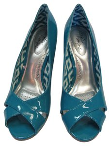 dexflex Comfort New Size 8.00 M Padded Footbed Very Good Condition Aqua Wedges