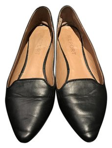 Passport Loafers Pointed Toe Black Flats