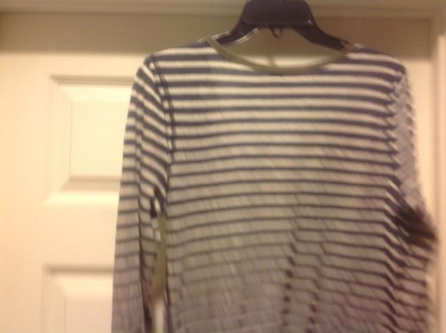 MM Couture M+m+ Long Sleeve Tee Like New Lace Overlay Top Gray and white strip, with green lace.trim Image 3