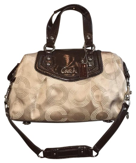 Preload https://img-static.tradesy.com/item/21144387/coach-and-real-signature-satchel-0-3-540-540.jpg
