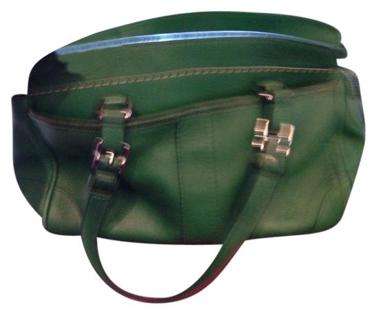 Preload https://img-static.tradesy.com/item/2114442/coach-green-leather-satchel-0-0-540-540.jpg