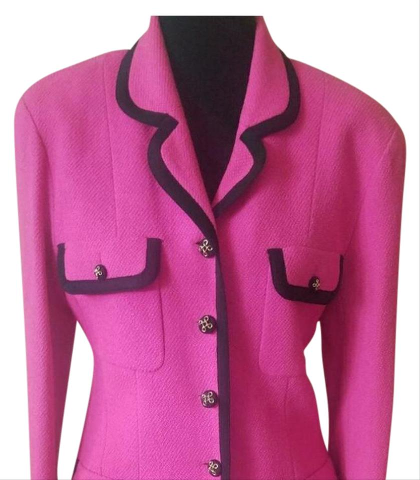 Chanel Pink W Black Trim Jackie Kennedy Classic Skirt Suit Size 8 (M) 85%  off retail