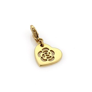 Chanel Chanel Camelia Heart 18k Yellow Gold Charm