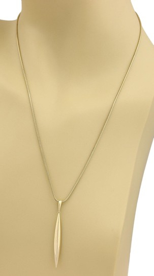 Preload https://img-static.tradesy.com/item/21145035/tiffany-and-co-19035-feather-pendant-snake-18k-yellow-gold-chain-necklace-0-3-540-540.jpg