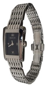 Gucci GUCCI Silver/Black Dial Ladies Watch