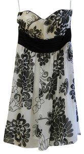 White House | Black Market Floral Sweetheart Empire Waist Chiffon Dress