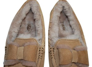 UGG Australia Suede Front Bow Women Slippers Suede/Wool Mocassin Style Rubber Sole Chestnut Flats