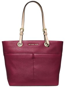 Michael Kors Bedford Leather Cherry Tote in Cherry Red