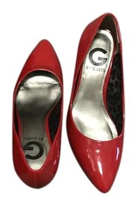 Guess Patent Kitten Diamond Red Pumps