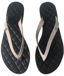Chanel Flip Flops Flats Cc Black Sandals