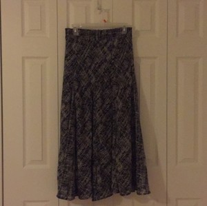 Lapis Maxi Skirt Black and white