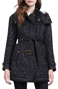 Burberry Brit Snap-down Gunflaps Snap-down Storm Flap Detachable Hood Diamond Quilting Lined Black Jacket