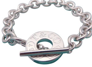 Tiffany & Co. Tiffany 1837 Toggle Bracelet in Sterling Silver, Small 6-1/4in