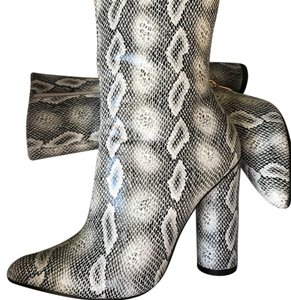 Cape Robbin Snake Boots