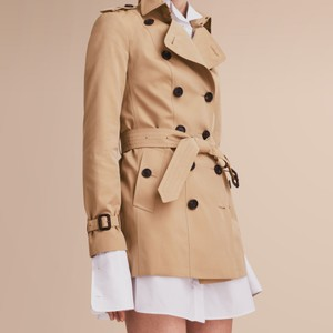 Burberry London Trench Classic Heritage Gabardine Trench Coat