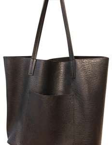 Street Level Tote in Black