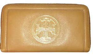 Tory Burch Amanda continental full zip wallet