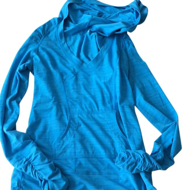 Item - Shades Of Blue Activewear Top Size 2 (XS)