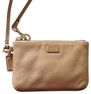 Coach Wristlet in Tan