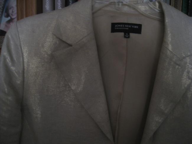 Jones New York Button Down Shirt Beige / gold