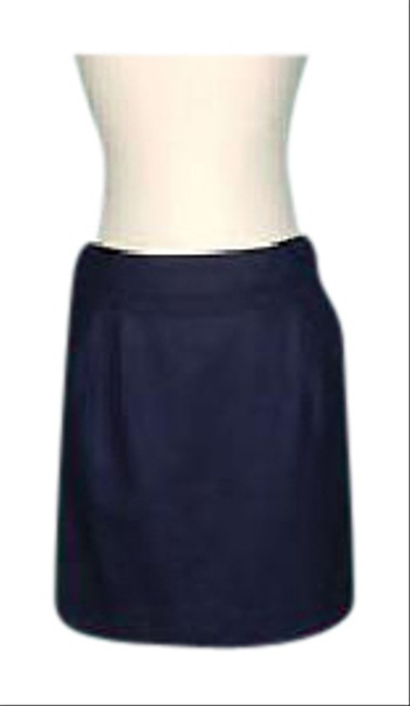 Preload https://img-static.tradesy.com/item/21153409/jcrew-navy-scallop-trim-mini-skirt-size-12-l-32-33-0-1-650-650.jpg