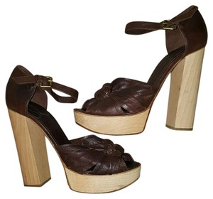 Chloé Brown Platforms