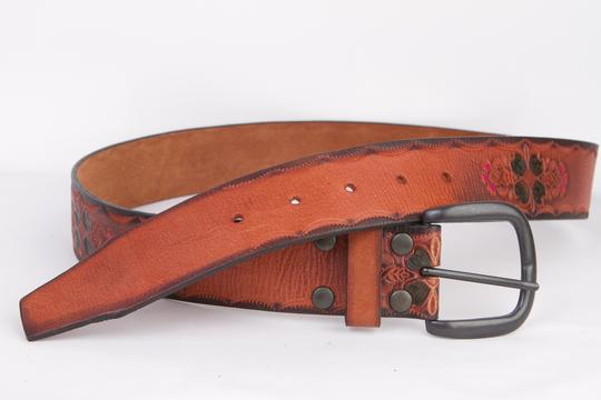 Gap Genuine Leather Belt in Brown with Vintage-Look Design - Size S