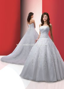 DaVinci 8309 Wedding Dress