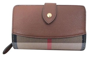 Burberry Burberry Hampstead House Check Tan Brown Leather Bifold Zip Wallet