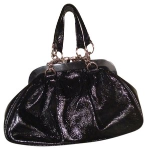 Hobo International Cute Silver Hardware Cute Tote Snap Closure Old Fasion Look Satchel in black patent leather
