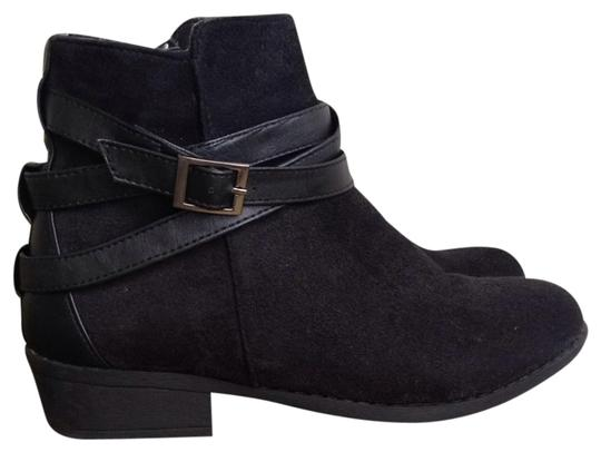 Preload https://img-static.tradesy.com/item/2115539/justfab-black-suede-bootsbooties-size-us-8-regular-m-b-0-0-540-540.jpg