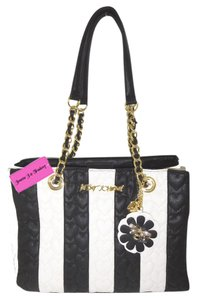 Betsey Johnson Satchel Bone/Black Quilted Heart Tote in black/bone stripe
