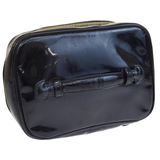 Chanel Chanel cc black patent cosmetic bag Image 1