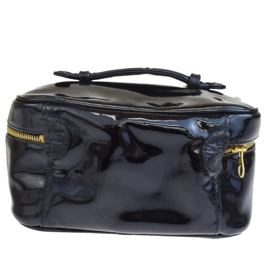 Chanel Chanel cc black patent cosmetic bag Image 2