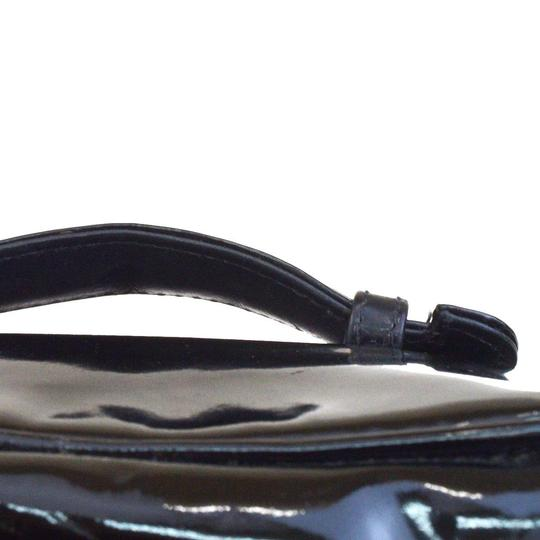 Chanel Chanel cc black patent cosmetic bag Image 3