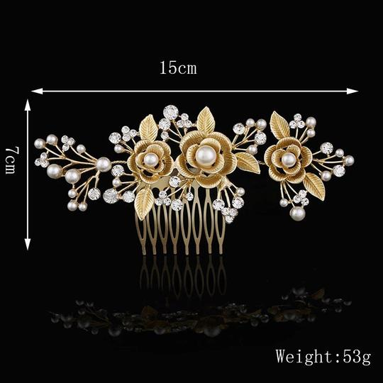 Crystal Comb Pearl Hair Accessory Image 4