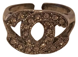 Designers Remix Rhinestone Pewter Ring sz 6 (damaged)