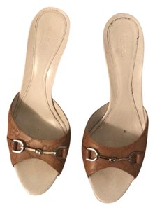 Gucci tan with white heel Sandals