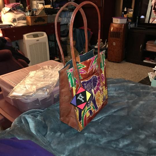 Emily Ann Of Boca Raton Tote in red Image 5