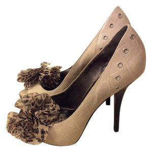 Guess By Marciano Peep Toe Evening Formal Taupe Pumps