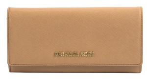 Michael Kors Michael Kors Acorn Saffiano Leather Jet Set Large Carryall Wallet