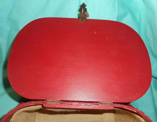 Other Vintage Woven Wood Hand Made Burlap Lined Basket Purse Tote in Red Image 7