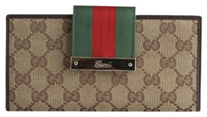 Gucci Gucci Brown GG Canvas Snap Wallet