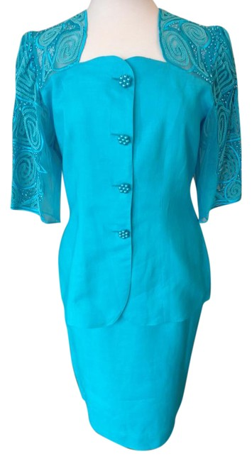 Turquoise Short Sleeved Skirt Suit Size 10 (M) Turquoise Short Sleeved Skirt Suit Size 10 (M) Image 1