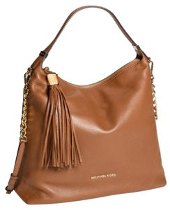 Michael Kors Vanilla Bedford Large Leather Tote Satchel in Brown luggage